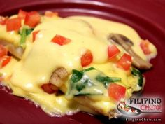 ... eggs (or egg whites from the hollandaise sauce) 1 cup of baby spinach