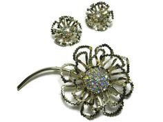 Rhinestone Flower Brooch Aurora Borealis Earrings Gold Tone