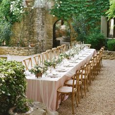 "La Tavola Fine Linen on Instagram: ""Thank you to @martha_weddings for this feature of a romantic French courtyard wedding with @yonderdesign @shannonleahyevents @laetitiac_fleursdatelier! @joshgruetz #latavolalinen #dupioniquelinen"""