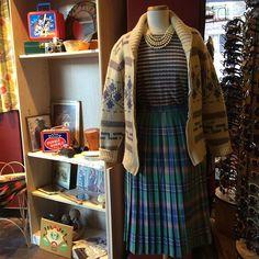 Channeling Laura Palmer at work. #twinpeaks #northwest #laurapalmer #pendleton #vintage #redlightvintage – Red Light Vintage