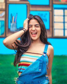 Image may contain: 1 person Filipina Actress, Filipina Girls, Filipina Beauty, Stylish Photo Pose, Stylish Girls Photos, Girl Photos, Teen Girl Photography, Shot Hair Styles, Teen Beauty
