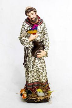 Escultura São Francisco em gesso rica policromia de decupagem. 28cm altura x 8cm diâmetro de base