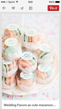 Macaron wedding favors