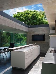 Nice sunny kitchen !