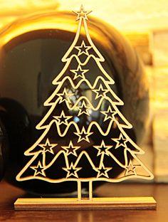 Wycinana laserowo choineczka o ażurowym i delikatnym wzorze. Piękna dekoracja domu na czas świąt lub drobny upominek dla kogoś ważnego. Sam zdecyduj :)  #choinka #dekoracje #święta #Bożenarodzenie #prezent