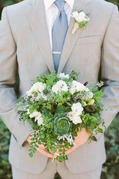 Love me a green bouquet>> Flowers Annette Gomez Bridesmaid Bouquet, Wedding Bouquets, Wedding Dress, Floral Wedding, Wedding Flowers, Wedding Stuff, Table Flowers, Bouquet Flowers, Tent Decorations