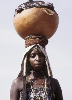 Africa | Portrait of a Wodaabe woman. Adamaoua. Cameroon | © Georges Courreges, 1972