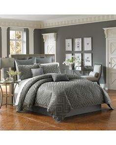 Cozy up with this lux comforter! Get it here: http://www.bhg.com/shop/palais-royale-palais-royale-lucerne-full-comforter-set-p50c1c45ae4b0efa3cd51e676.html?mz=a