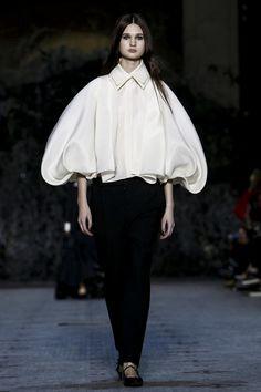 Dice Kayek Couture Spring Summer 2016 Paris