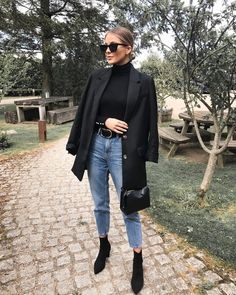 Look blazer com bota Source by mangellipodevin casual chic Winter Fashion Outfits, Fall Winter Outfits, Look Fashion, Autumn Fashion, Fashion Styles, Woman Fashion, Look Winter, Retro Fashion, Autumn Look