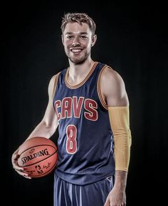 6e55cb5a28d Intense portraits of 2015-16 Cavaliers players from media day