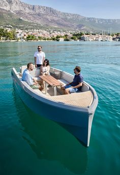Sport Yacht, Yacht Boat, Sustainable Building Materials, Boat Seats, Cool Boats, Side Window, Wooden Boats, Boat Building, Water Crafts