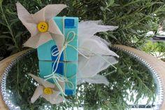 """ΜΠΟΜΠΟΝΙΕΡΑ ΒΑΠΤΙΣΗΣ """"ΑΝΕΜΟΜΥΛΟΣ"""" Christmas Ornaments, Holiday Decor, Handmade, Home Decor, Hand Made, Decoration Home, Room Decor, Christmas Jewelry, Christmas Decorations"""
