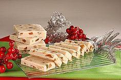 Turrón de frutas y mazapán   recetas   Food N, Food And Drink, Homemade Sweets, Pan Dulce, Flan, Holiday Cookies, Finger Foods, Sweet Tooth, Bread