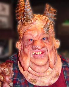 Special Effects Makeup - wouldn't want to bump into him in a dark alley would you?