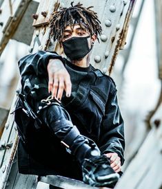 I am alone boy Ken Kaneki Tokyo Ghoul, Rap Wallpaper, Dread Hairstyles, Cyberpunk Fashion, Music Images, Male Photography, Mode Streetwear, Dope Art, Trap