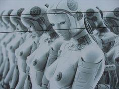 Sex-Roboter sehen aus wie Sex-Puppen, können sich aber eigenständig bewegen. Immer mehr Firmen wollen demnächst solche Sex-Roboter auf den Markt bringen. Prima, sagen die einen. Nicht so toll, sage…