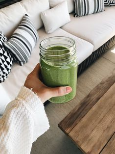 Green Smoothie Cleanse, Healthy Green Smoothies, Raspberry Smoothie, Green Smoothie Recipes, Smoothie Bowl, Juice Cleanse, Kale Smoothies, Vegetable Smoothies, Breakfast Smoothies
