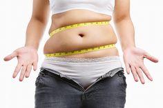 Comment éliminer la graisse du ventre ? Les aliments et les huiles essentielles utiles.