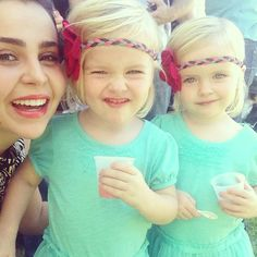 Mae Whitman and the twins who play Nora! | #Parenthood