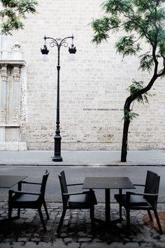 sidewalk cafe in Spain