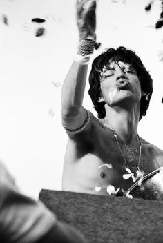 Mick Jagger on stage at Kooyong, Melbourne, Photo by Rennie Ellis Mick Jagger Rolling Stones, Los Rolling Stones, Like A Rolling Stone, Bruce Dickinson, Blues Rock, Heavy Metal, Save Your Soul, The Wombats, Charlie Watts