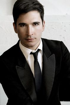 best romantic/fairy tale wedding dress designer EVER - Lazaro Hernandez