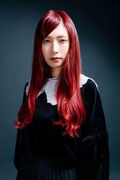 Amazing Hairstyles, Singer, Disney Princess, Hair Styles, Music, Girls, Rock, Artist, Hair Plait Styles