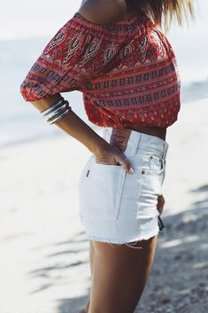 white levi's & spell byron bay off the shoulder top
