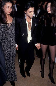 Prince with Lori Elle, Robie LaMorte (Diamond And Pearl) Purple Rain Movie, Prince Purple Rain, Prince Images, Pictures Of Prince, Prince Girl, My Prince, Princes Girlfriend, The Artist Prince, Paisley Park