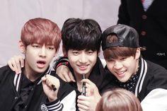 """vminkook having the most precious friendship through the years: a thread"" Jimin Jungkook, Bts Bangtan Boy, Bts Taehyung, Bts Boys, Billboard Music Awards, Bts Photo, Foto Bts, Guinness, K Pop"