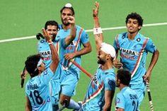 भारतीय पुरुष हाॅकी टीम 12 साल के लंबें इंतजार के बाद एशियाड में हाॅकी के फाइनल में जगह बनानें में सफल रही। मंगलवार को सेमीफाइनल में दक्षिण कोरिया को 1-0 से हराकर 17वें एशियाई खेलों के फाइनल में पहुंच गई। इस जीत के साथ टीम ने एशियाड हाॅकी में सिल्वर मेडल पक्का कर दिया है। - See more at: http://lnn.co.in/index.php/lnn-sports/item/1005-indian-male-hockey-team-in-asiad-finals#sthash.iuIzl0zk.dpuf