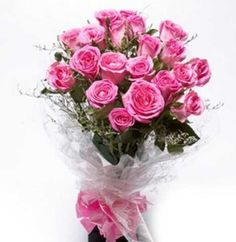 Online flower delivery in Pune - Withlovenregards offer bouquet delivery in Pune, send fresh flower delivery in Pune same day and midnight delivery in Pune. Anniversary Flowers, Anniversary Gifts For Husband, Wedding Anniversary Gifts, Online Flower Shop, Online Flower Delivery, Birthday Flowers For Her, Flower Shop Dubai, Teddy Day, Valentine Gifts