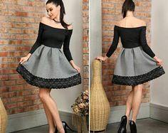 Zwei farbige täglichen Kleid