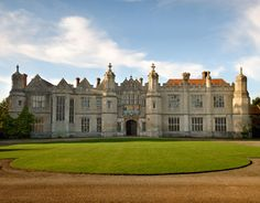 Hengrave Hall, Suffolk #guidesforbrides #castleweddingvenue #fairytaleweddingvenue