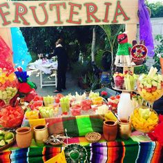 Quinceanera Party Planning – 5 Secrets For Having The Best Mexican Birthday Party Mexican Birthday Parties, Mexican Fiesta Party, Fiesta Theme Party, Birthday Party Celebration, 18th Birthday Party, Party Themes, Party Ideas, Mexican Candy Table, Luau Party