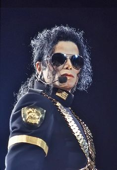 Michael Jackson Dangerous, Michael Jackson Bad Era, Mike Jackson, Jackson Family, Mj Dangerous, My Idol, Peter Pans, Jackson Galaxy, Beautiful Smile