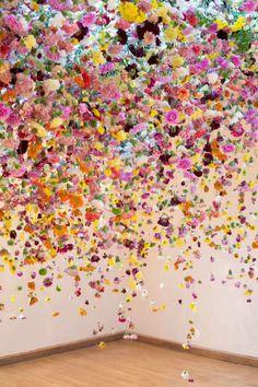 Massive floating flower installations. #wedding #art