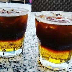 Carajillo con granos de cafe y licor del 43