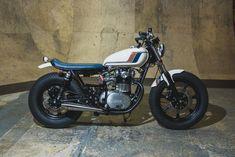 1979 Yamaha XS650 // Agnessa - Analog Motorcycles