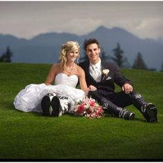 Motocross wedding :) this would be my hubby's dream!