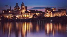 #Mantova, una de las #joyas de la región italiana de #Lombardía, es una ciudad con un #encanto especial. Además, ofrece al visitante una intensa experiencia gastro-cultural. ¡Llegó a conquitar hasta a #Vivaldi!  http://www.latagliatella.es/la-tagliatella-blog/mantova-desconocido-tesoro-entre-aguas/