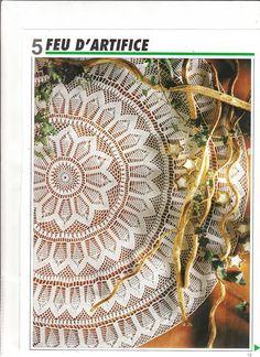 jest z 3 Poisk — Yandex. Crochet Table Topper, Crochet Tablecloth Pattern, Crochet Doily Patterns, Crochet Diagram, Filet Crochet, Crochet Motif, Crochet Doilies, Crochet Books, Crochet Art