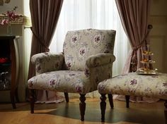 The rooms are located on the corner of 'Petit de Champs', with each room averaging between 45 - 50 sqm and featuring individual French balconies which overlook the historic Tepebaşı area. French Balcony, Istanbul Hotels, Hotel Decor, Palace Hotel, Wingback Chair, Hotels And Resorts, Champs, Accent Chairs, Corner