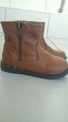 Boots,bottines fille taille 26 camel