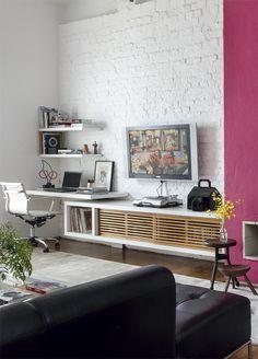 living room, brick walls #brick #decor