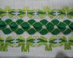 Spring has sprung with this interplay of greens - rickrack and counted threadwork on hardanger cloth. A perfect pattern idea for tea or hand towels. Ribbon Embroidery, Embroidery Stitches, Embroidery Patterns, Doily Patterns, Dress Patterns, Sewing Art, Sewing Crafts, Rick Rack Crafts, Swedish Embroidery
