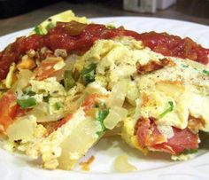 Turkish western omelet.Turkish Western omelet is easy recipe for breakfast.This recipe belongs to Turkish cuisine.This is my version of a Western omelet with a Turkish touch.It brings the lush flavors of the Mediterranean to your breakfast table.Top of with a cooling dollop of yogurt.
