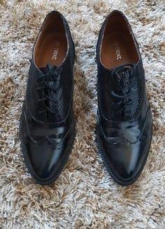 Kup mój przedmiot na #vintedpl http://www.vinted.pl/damskie-obuwie/polbuty/18436836-czarne-lakierki-next-3940
