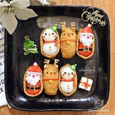Holiday cooking detail are available on our site. look at this and you wont be sorry you did. Christmas Party Food, Xmas Food, Food Crafts, Diy Food, Cute Food, Yummy Food, Bento Box Lunch For Kids, Japanese Christmas, Japanese Food Art